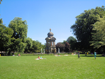 Sarphatipark in Amsterdam